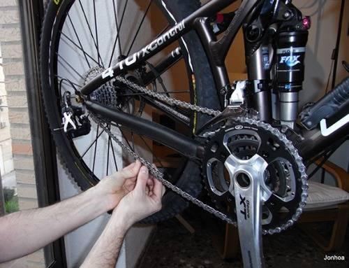 Cómo arreglar la cadena de la bicicleta